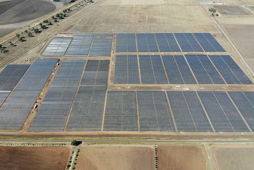 Image - Oakey Solar Farm arial view