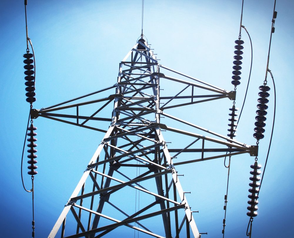 Image - High-voltage power transmission towers