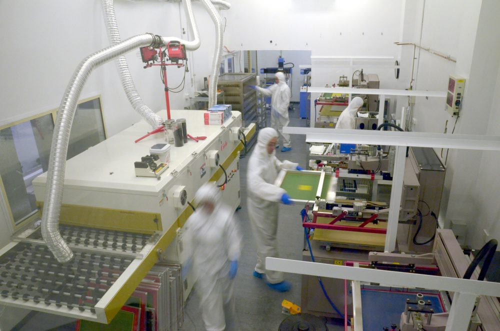 Image - Scientists working in the laboratory