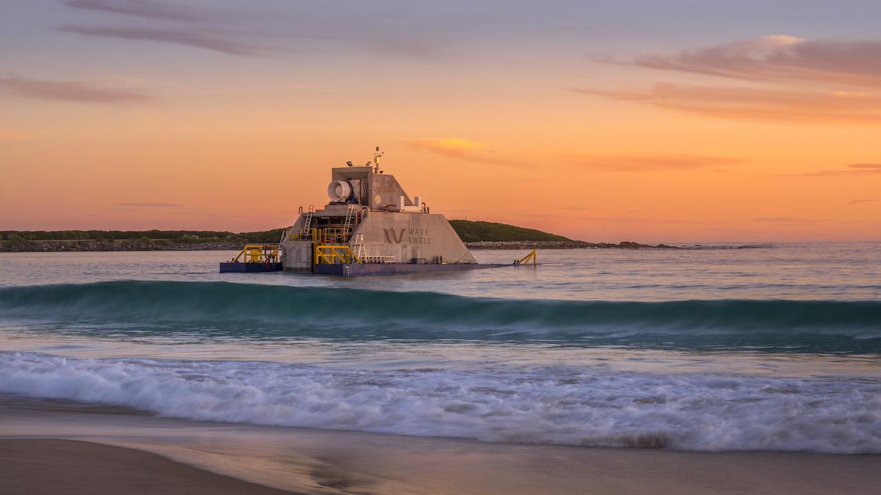 Land ahoy! New Uni Wave200 power device arrives on King Island Image